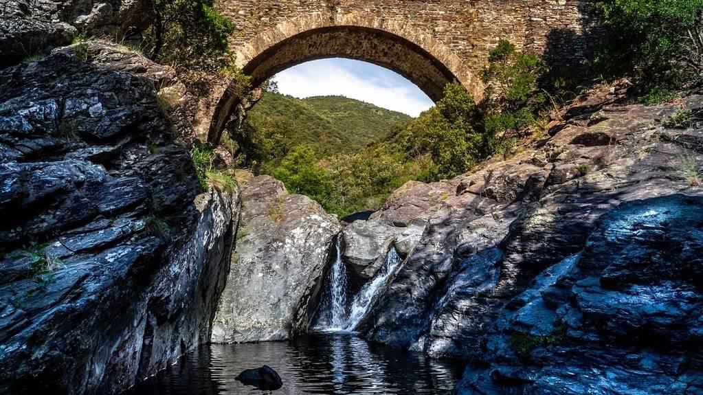 Descendre l'Ardèche en canoë ou kayak : l'expérience ardéchoise